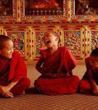enfants-bouddhistes